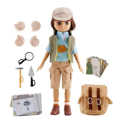 Fossil-Hunter-Lottie-doll-1_grande
