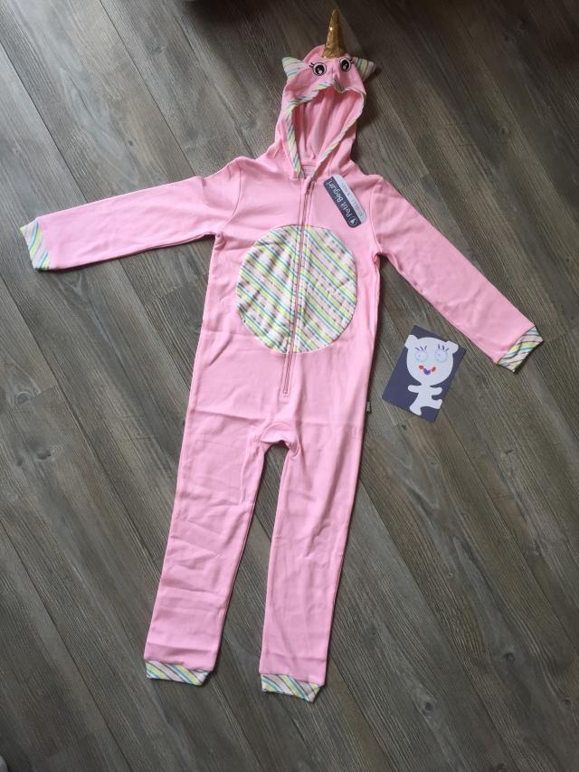afed66f35406b ... pyjama licorne fille à manches longues! IMG 9403. Trop belle! Le rose  est parfait! On remarque les détails style arc en ciel sur le ventre