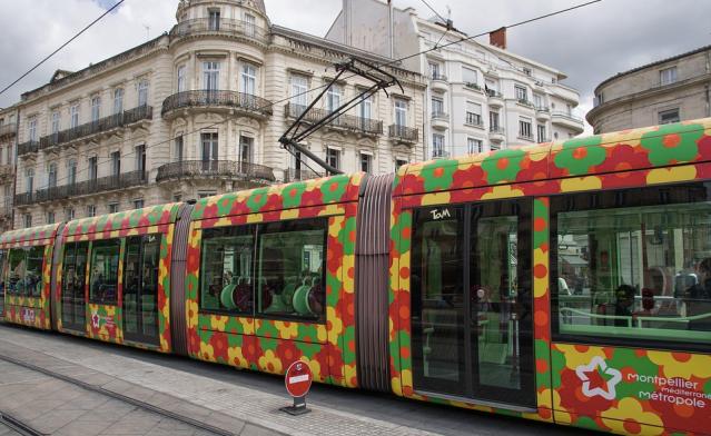 montpellier tramway blog la mere parfaite est une connasse